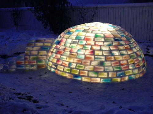 Rainbow-Igloo-Made-With-Milk-Cartons-4
