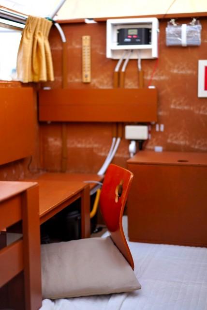 軽トラチャンパーの室内