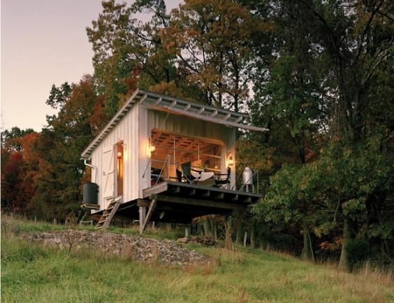 キャンプ小屋1