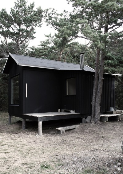 スウェーデンの黒キャビン1