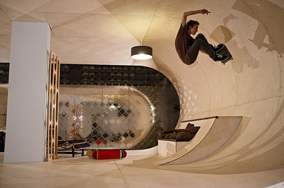 Awesome-Wall-Design-For-Skateboarding-PAS-House-Design