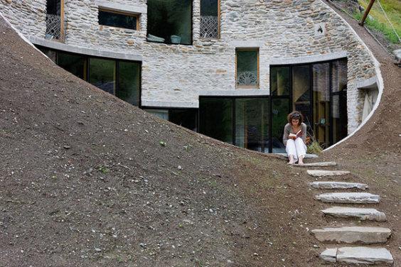 underground-home-designs-swiss-mountain2