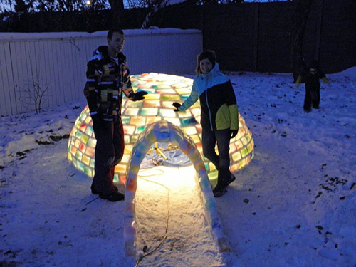 Rainbow-Igloo-Made-With-Milk-Cartons-3