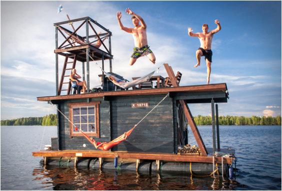 floating-sauna-houseboat-2