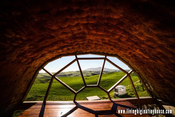 micro-earthship-sleeping-loft01