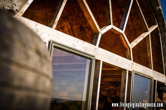 micro-earthship-windows01