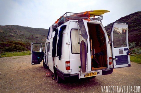 Van-Dog-Traveller-6