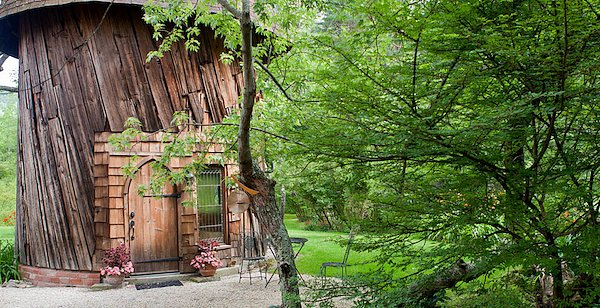 1-Silo-Studio-Cottage---Lee-Massachusetts