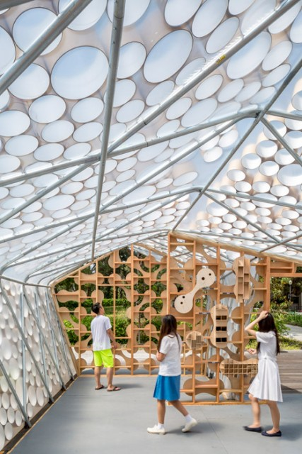 BioHome-installation-by-UCLA_dezeen_468_3